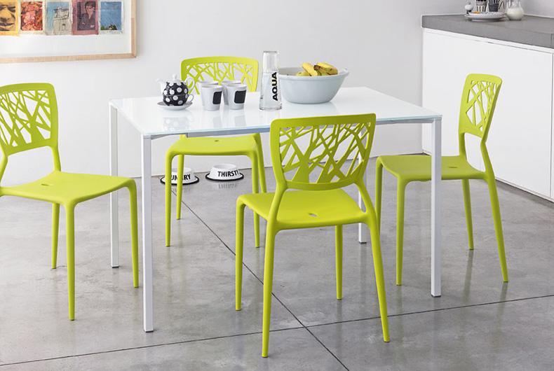 Sedie modello Viento a marchio Bonaldo, disponibili su Bassi Design