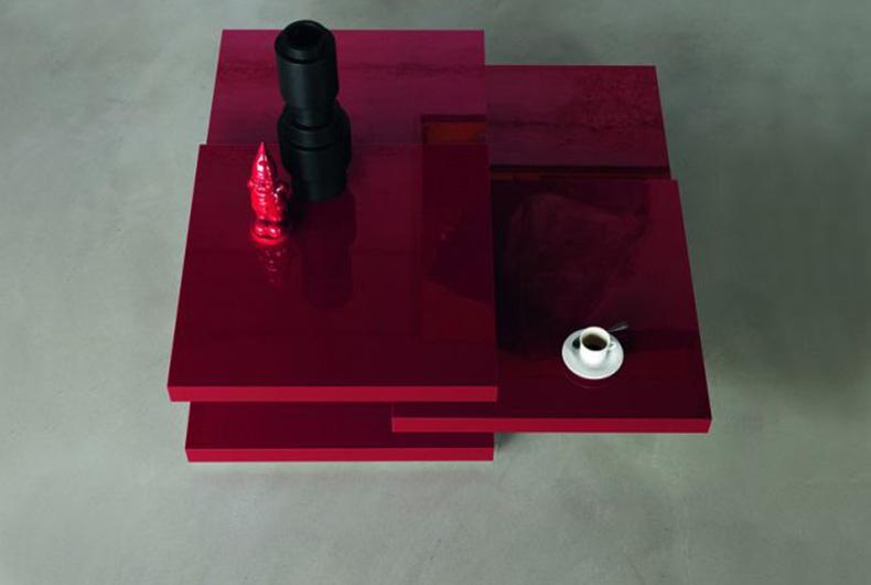 Tavolino modello Rotor del brand di design Kristalia
