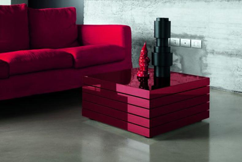 Tavolino Rotor a marchio Kristalia, disponibile su Bassi Design