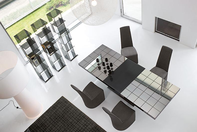 Tavolo Lingotto e sedie Gloria di Bonaldo